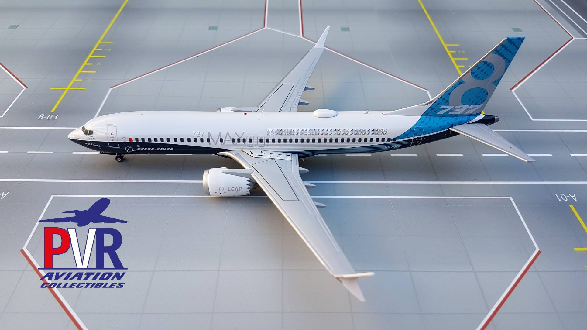 JC Wings Boeing 737 MAX 8 House Colors N8701Q €65